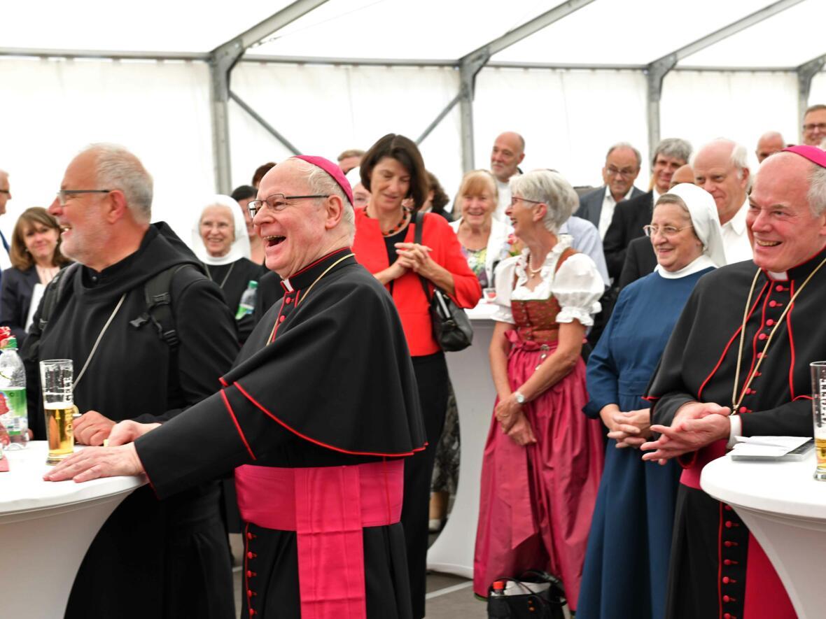 Dankgottesdienst zur Verabschiedung von Bischof Konrad (Foto Nicolas Schnall_pba) 18