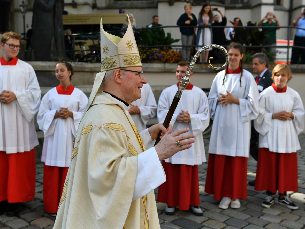 Dankgottesdienst zur Verabschiedung von Bischof Konrad (Foto Nicolas Schnall_pba) 21