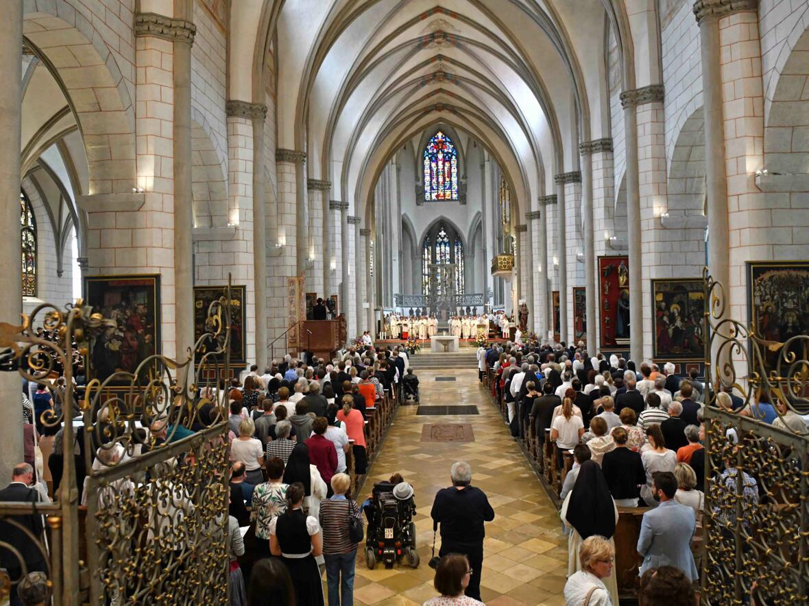 Dankgottesdienst zur Verabschiedung von Bischof Konrad (Foto Nicolas Schnall_pba) 3