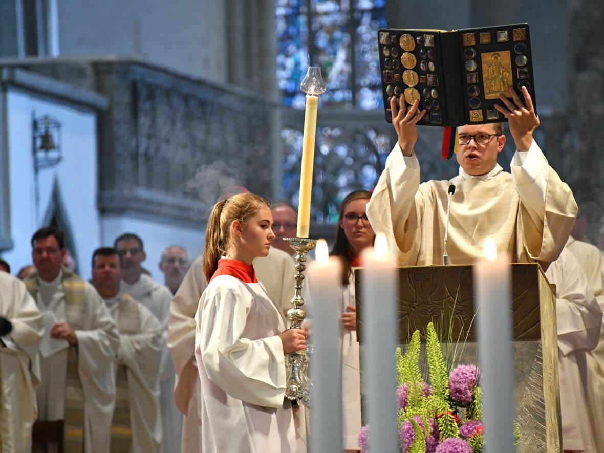 Dankgottesdienst zur Verabschiedung von Bischof Konrad (Foto Nicolas Schnall_pba) 37