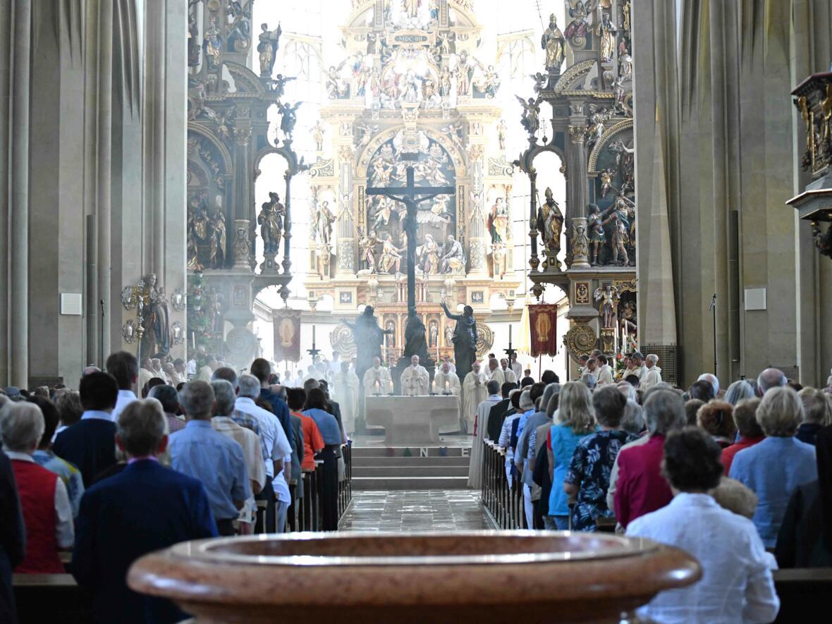 Pontifikalamt zum Ulrichsfest 2019 (Foto Nicolas Schnall_pba) 04