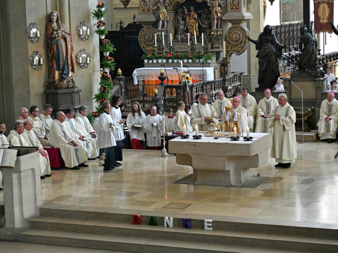 Pontifikalamt zum Ulrichsfest 2019 (Foto Nicolas Schnall_pba) 11