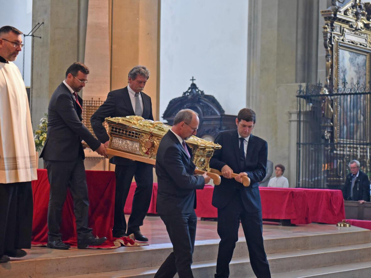 Mit einem feierlichen Gottesdienst und der Reponierung des Ulrichschreins ging die Ulrichswoche zu Ende. (Foto: Simone Zwikirsch/pba)