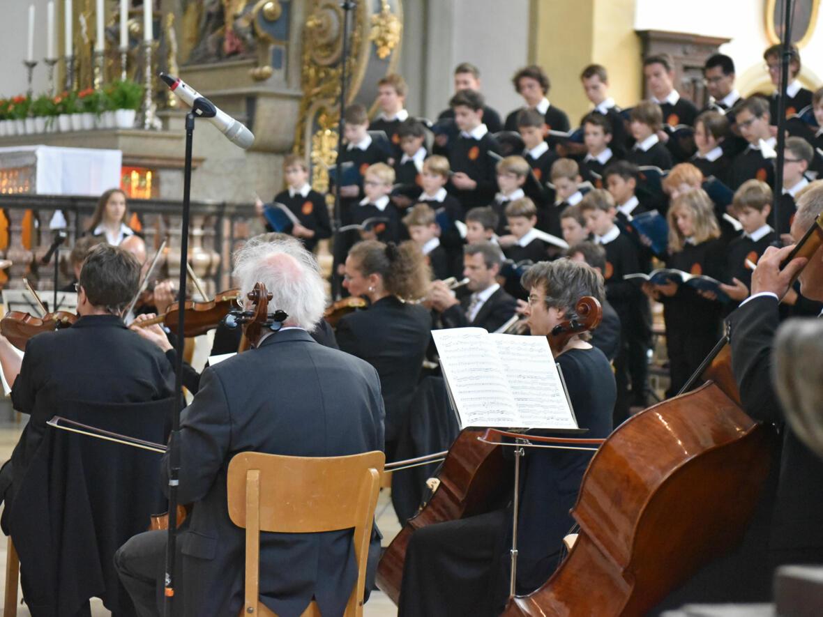 4 Domsingknaben-und-Orchester_web