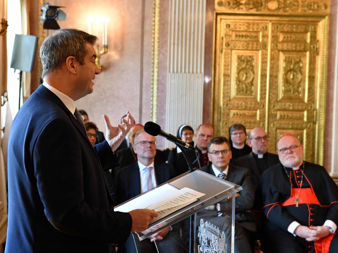Vereidigung des ernannten Bischof von Augsburg, Prälat Dr. Bertram Meier (Foto Nicolas Schnall_pba) 2