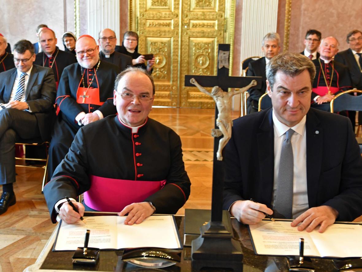Vereidigung des ernannten Bischof von Augsburg, Prälat Dr. Bertram Meier (Foto Nicolas Schnall_pba) 3