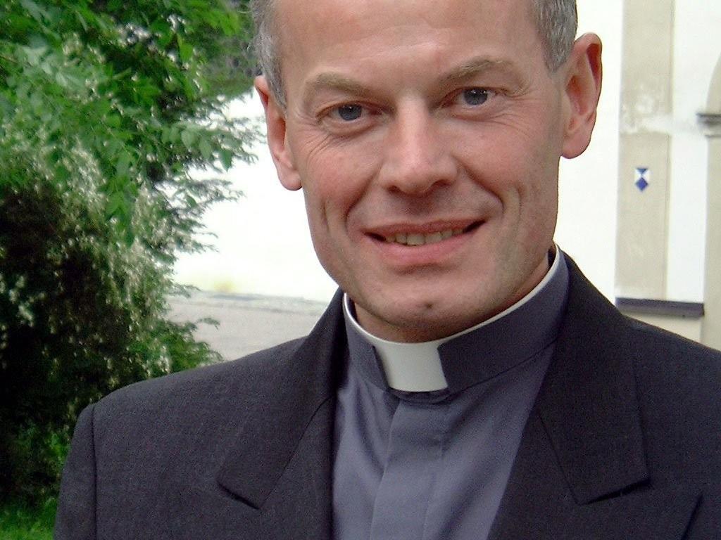 19. Mai 2000: Anton Losingers Ernennung zum Domkapitular wird bekanntgegeben (Foto: Archiv)