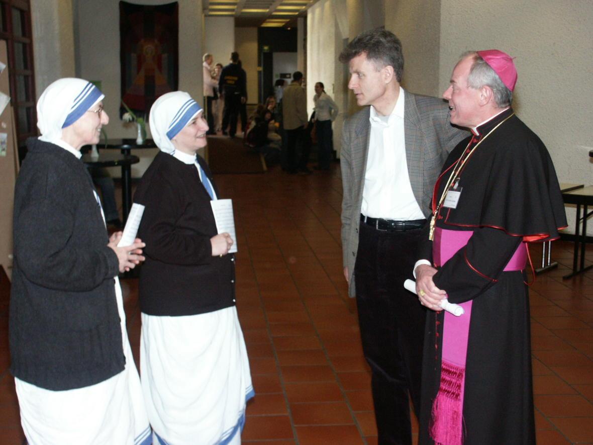 2007: Mit Missionarinnen der Nächstenliebe beim Diözesanen Weltjugendtag im Haus St. Ulrich (Foto: Archiv)