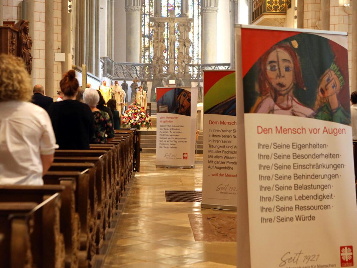 05_100 Jahre Diözesan-Caritasverband_Festgottesdienst mit Bischof Bertram (Foto Annette Zoepf_Caritas Augsburg)