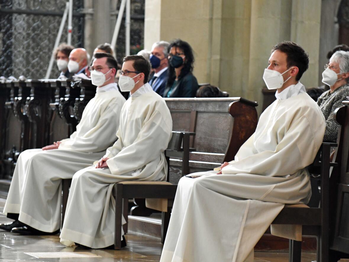 04 Diakonenweihe in der Ulrichsbasilika (Foto Nicolas Schnall pba)