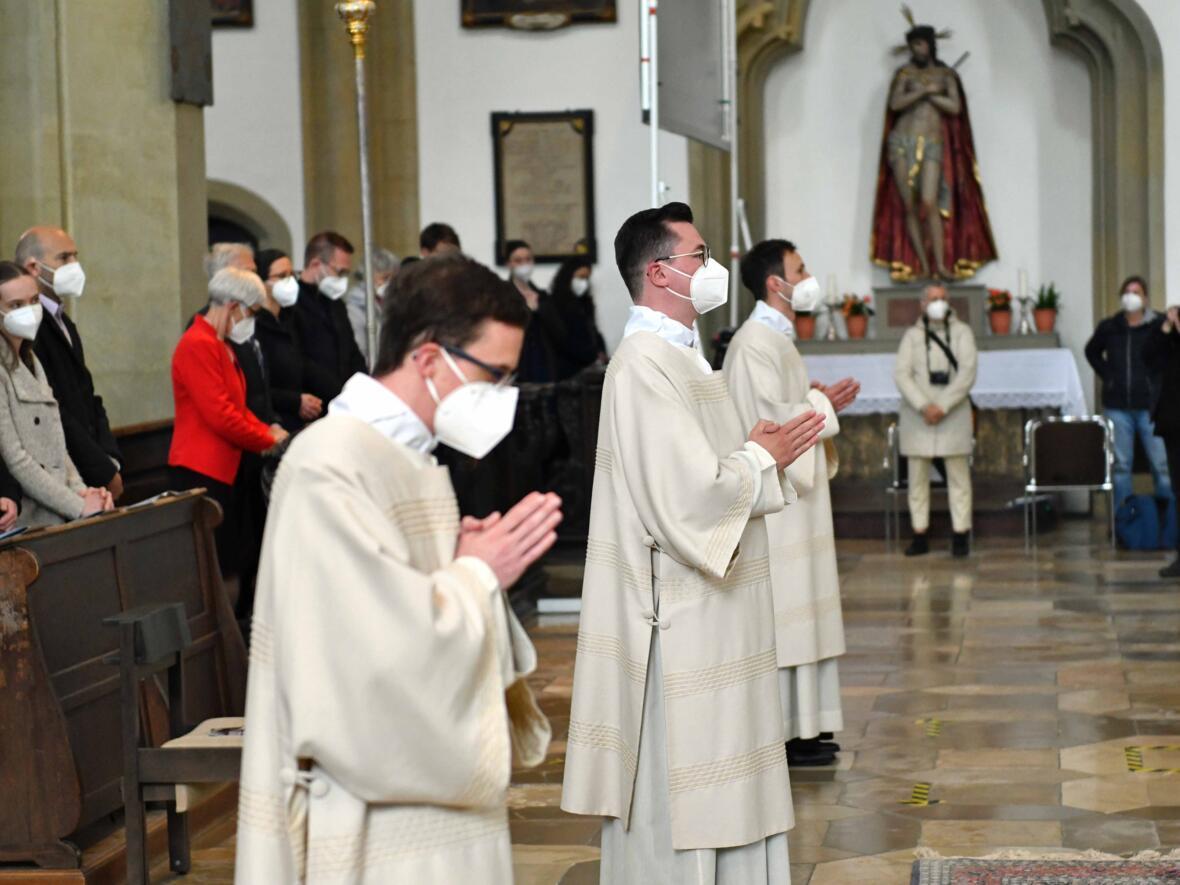 14 Diakonenweihe in der Ulrichsbasilika (Foto Nicolas Schnall pba)