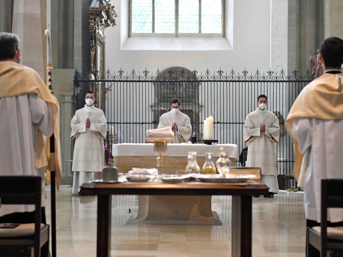 17 Diakonenweihe in der Ulrichsbasilika (Foto Nicolas Schnall pba)