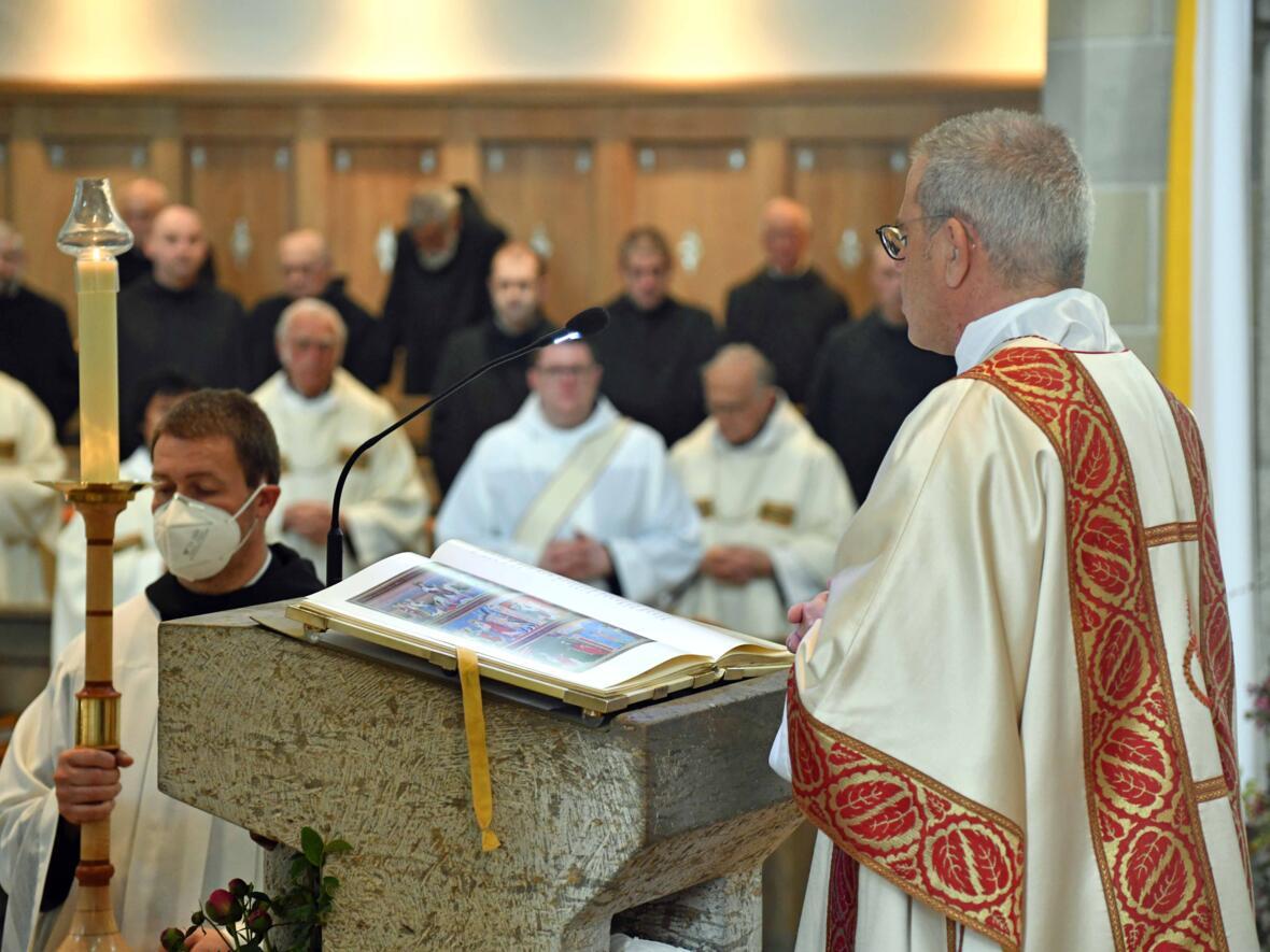 02b Priesterweihe von Michael Bäumler OSB in St. Ottilien (Foto Nicolas Schnall_pba)