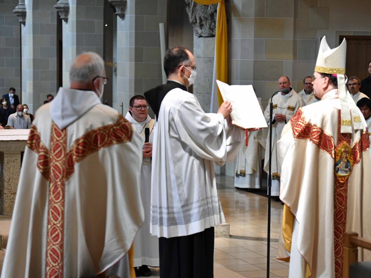 05 Priesterweihe von Michael Bäumler OSB in St. Ottilien (Foto Nicolas Schnall_pba)
