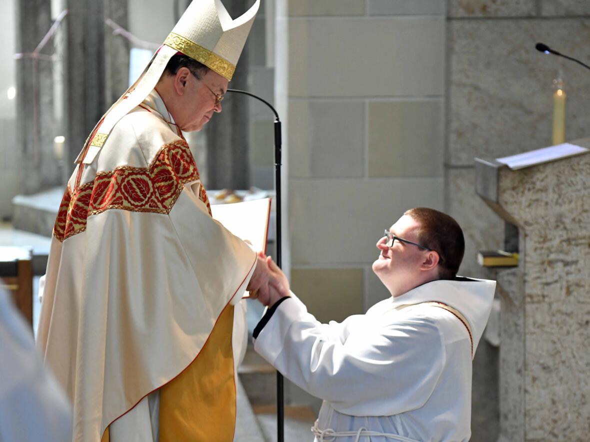 06 Priesterweihe von Michael Bäumler OSB in St. Ottilien (Foto Nicolas Schnall_pba)