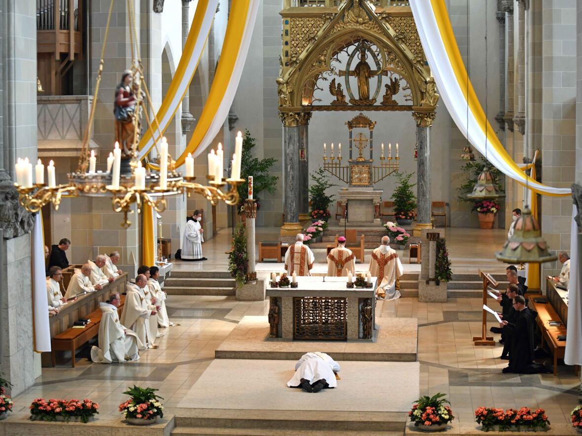08 Priesterweihe von Michael Bäumler OSB in St. Ottilien (Foto Nicolas Schnall_pba)