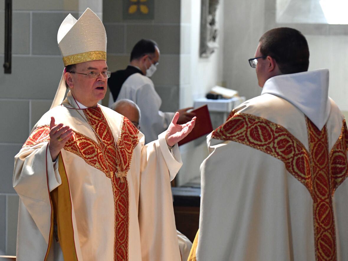 14 Priesterweihe von Michael Bäumler OSB in St. Ottilien (Foto Nicolas Schnall_pba)