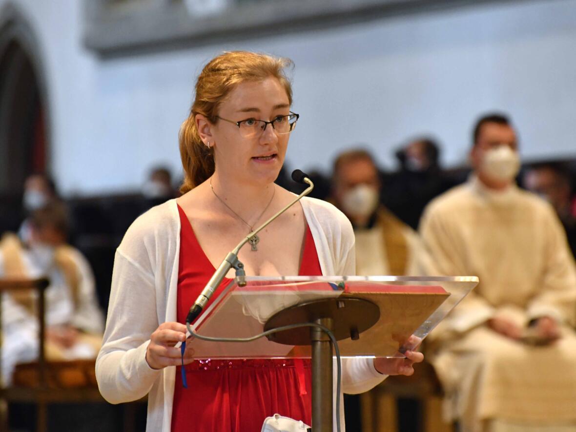 06_Priesterweihe im Augsburger Dom 2021 (Foto Nicolas Schnall pba)