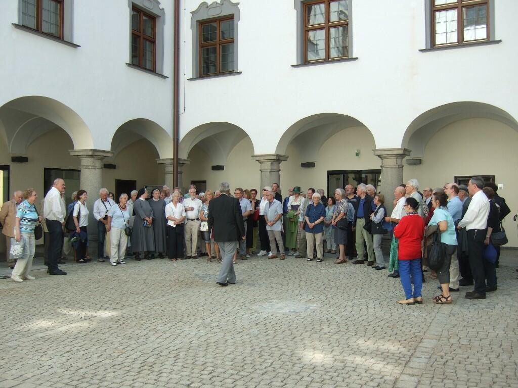 014Innenhof Priesterseminar1