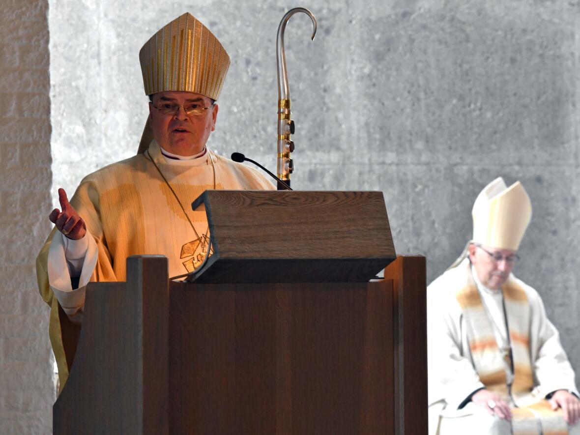 75 Jahre Säkularinstitut Ancillae_Predigt Bischof Bertram Meier (Foto Nicolas Schnall pba)