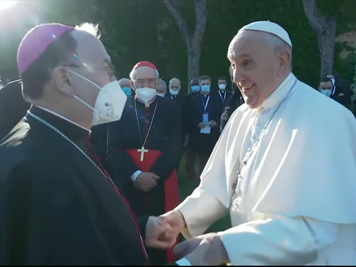 Bischof Bertram mit Papst Franziskus in Rom (Foto: Vatican News)