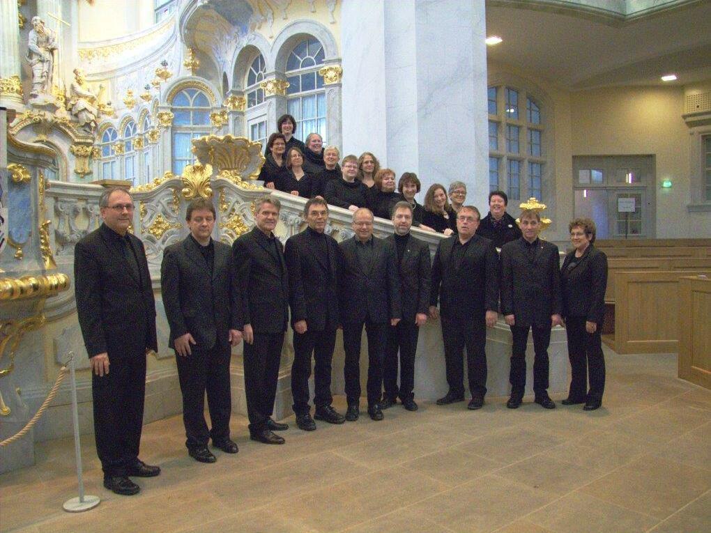 Der Kammerchor CONSORTIUM CANTORUM FEUCHTWANGEN in der Frauenkirche zu Dresden