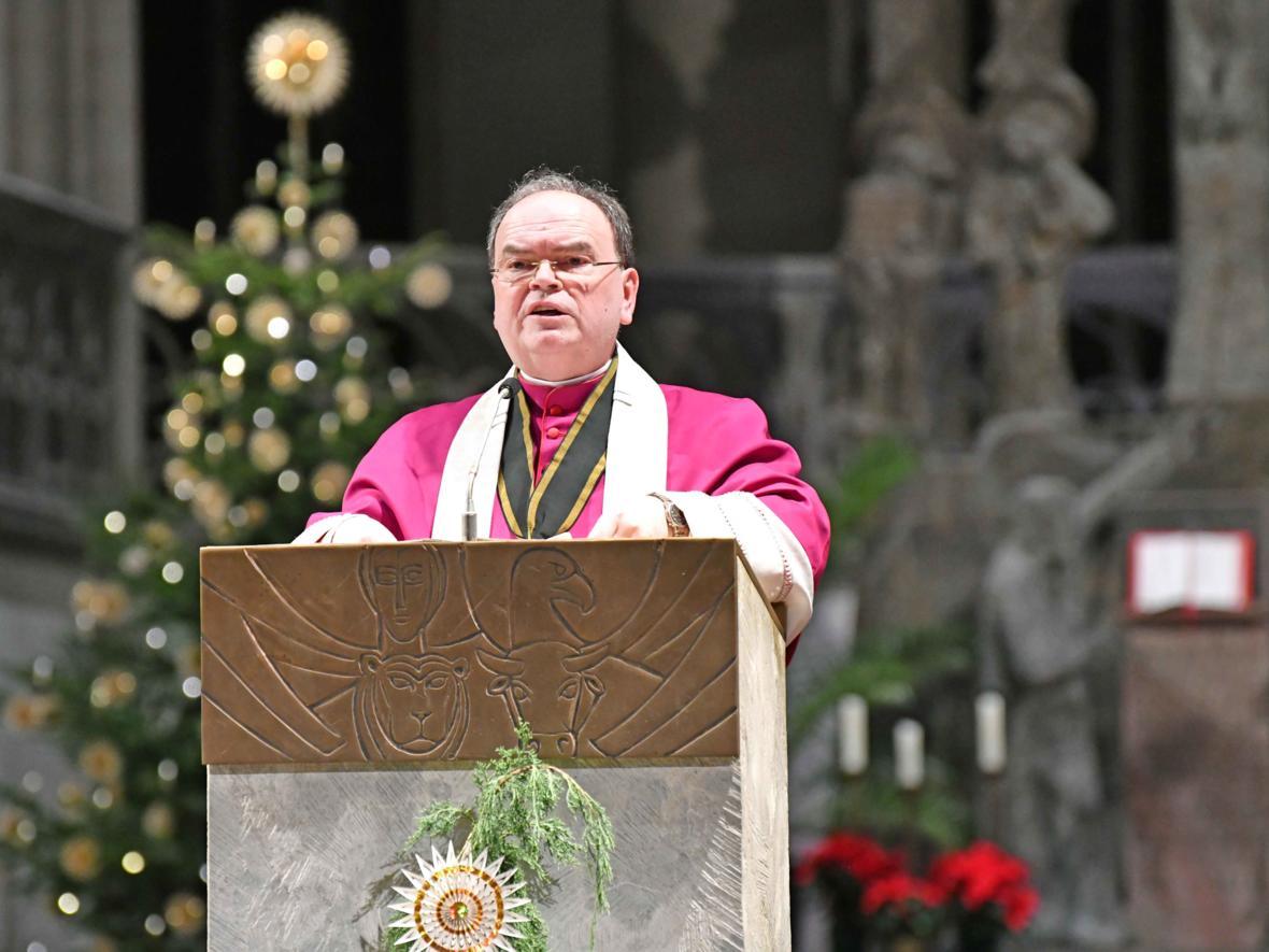 Diözesanadministrator Bertram Meier predigt zum Jahresabschluss (Foto Nicolas Schnall_pba)