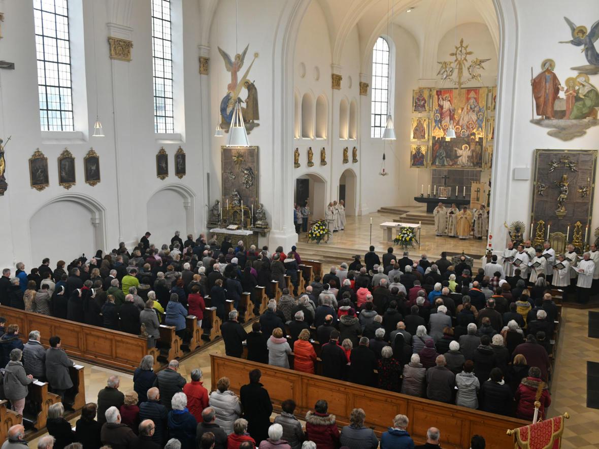 Der Mesnerverband feierte Gottesdienst in der Mindelheimer Stadtpfarrkirche (Foto: Julian Schmidt / pba)