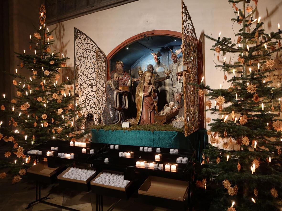 Krippe im Hohen Dom (Foto: Annette Zoepf / pba)