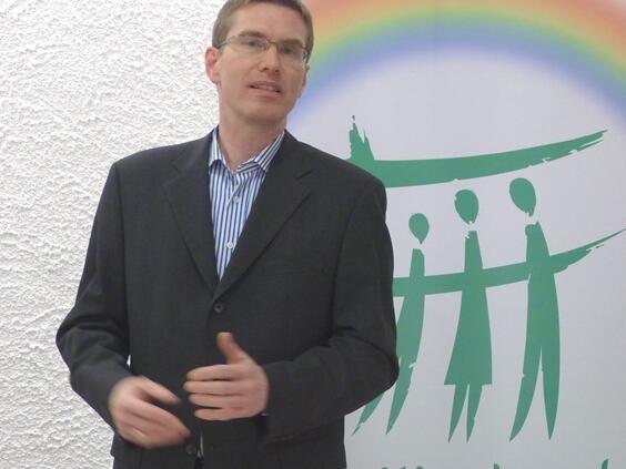 Vorsitzender Pavel Jerabek bei seinem Rechenschaftsbericht. (Foto: Familienbund)