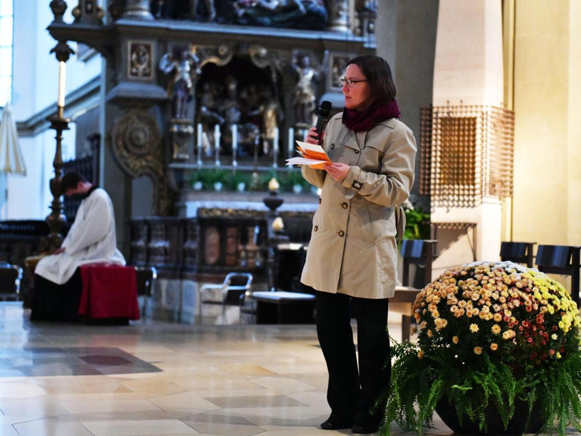 Sr. Anna moderierte das folgende Predigtgespräch (Foto: Julian Schmidt / pba)