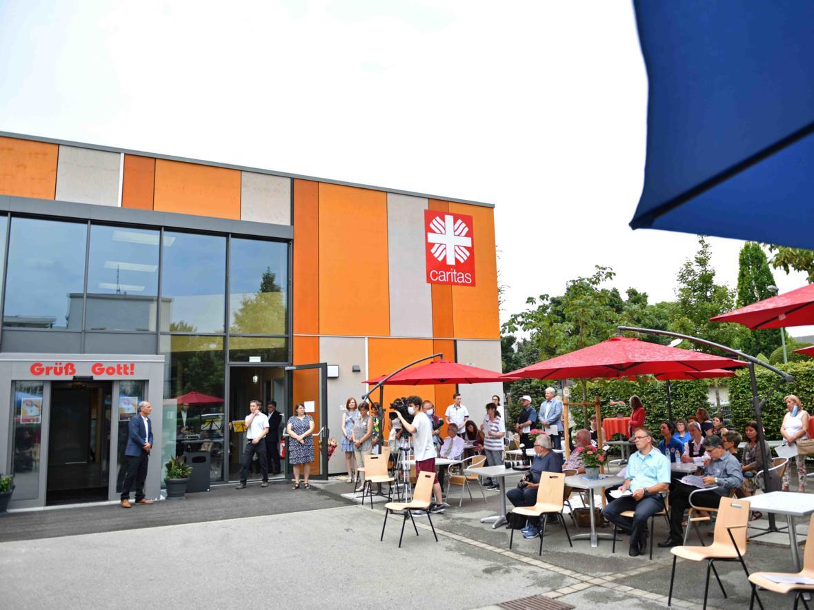 Wiedereinweihung des Caritas-Sozialzentrums in Augsburg (Foto Julian Schmidt_pba) DSC_5561