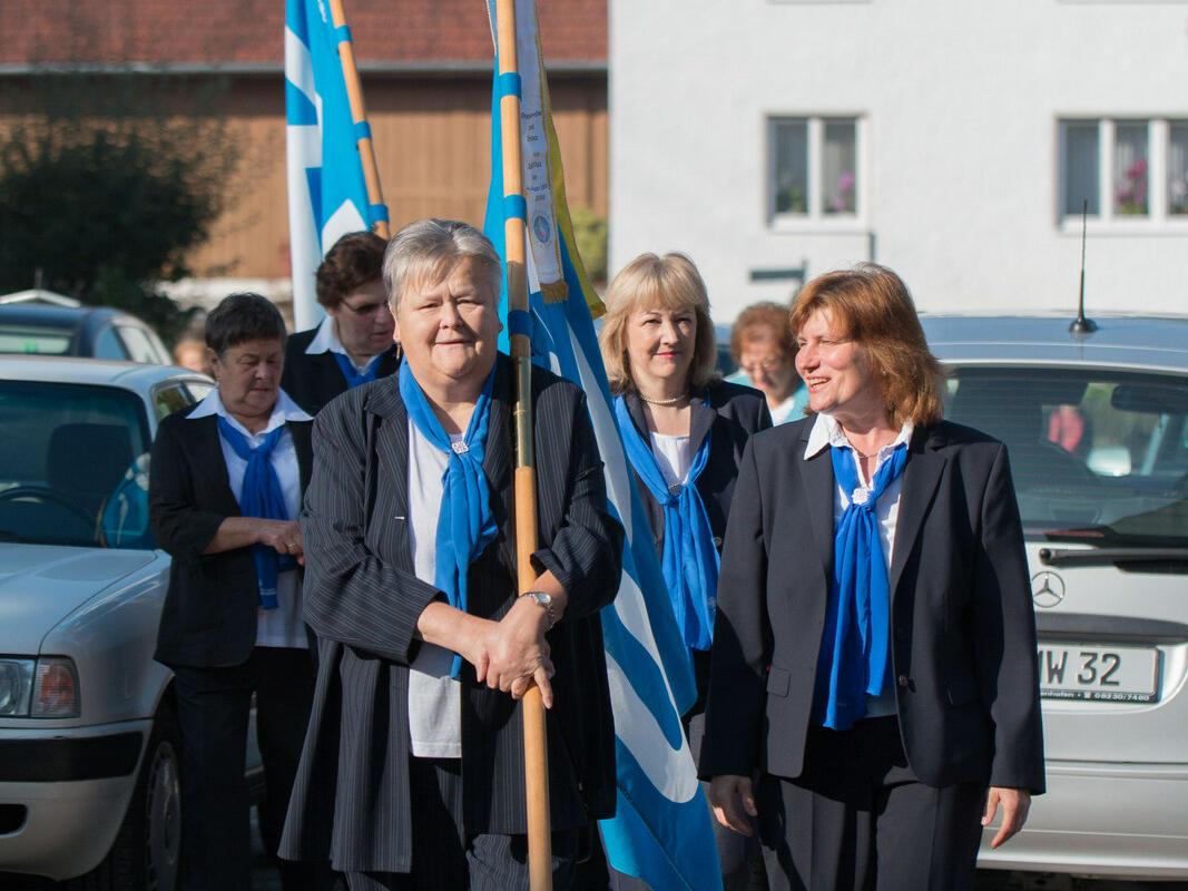 Banner vom Frauenbund Biberbach u. Westendorf