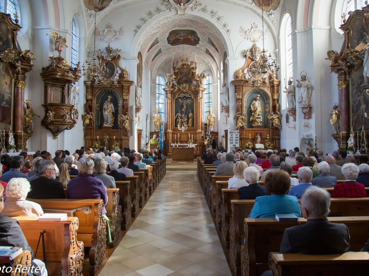 Feierlicher Gottesdienst in der Pfarrkirche St. Martin