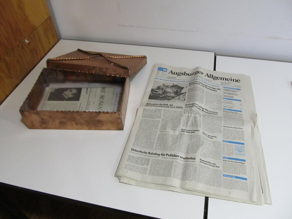Duplikat der Grundstein-Schatulle - AZ-Ausgabe vom Oktober 1990