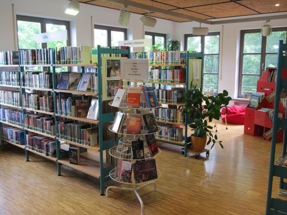 Neugestaltung der Bücherei im Jahr 2009