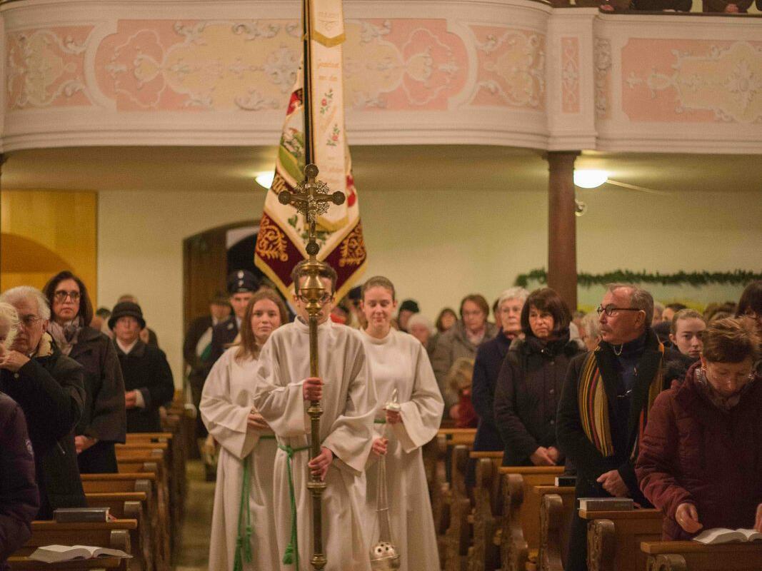 Einzug zum Pontifikalamt
