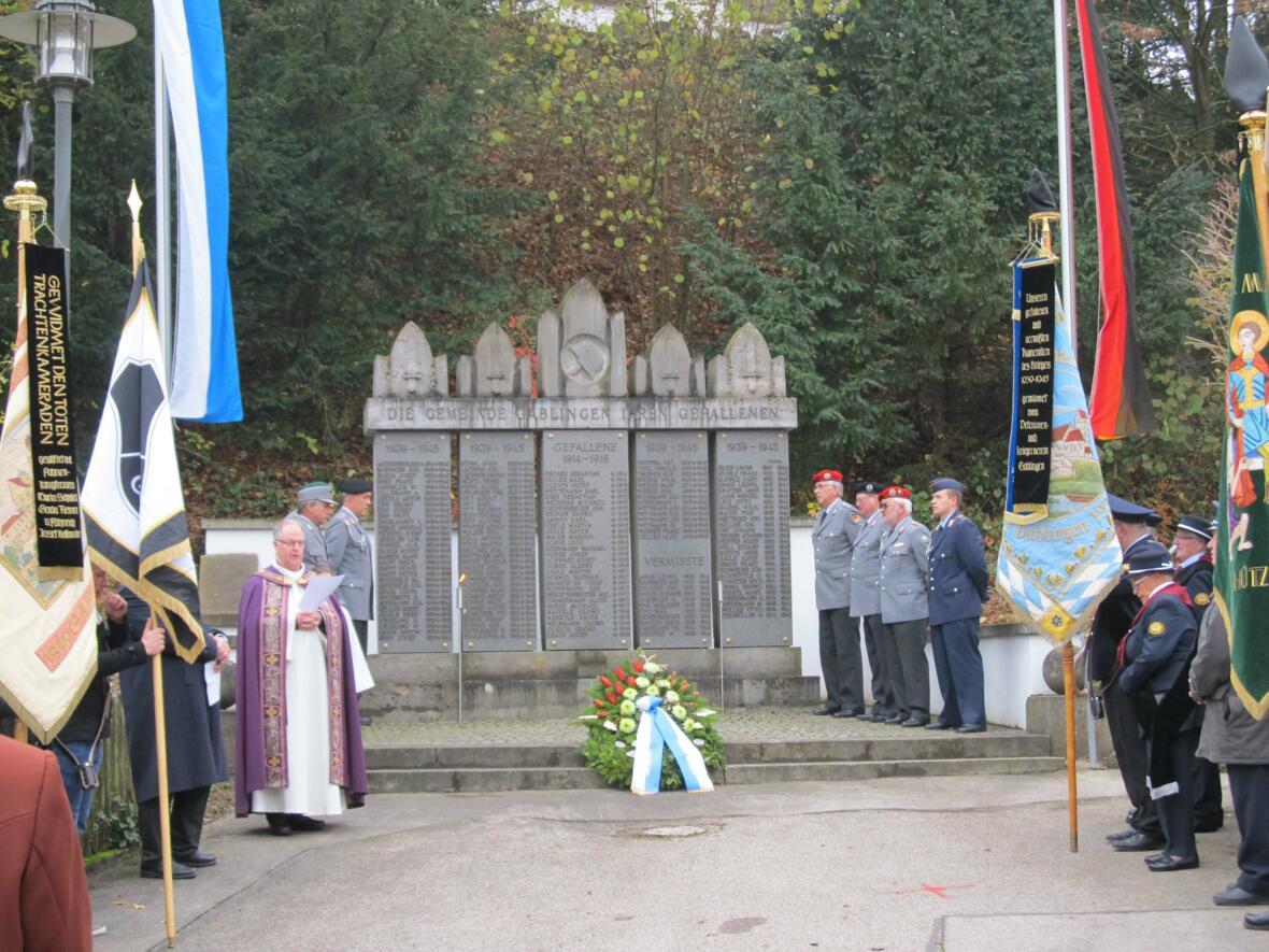 Volkstrauertag 2016 - Totengedenken am Kriegerdenkmal