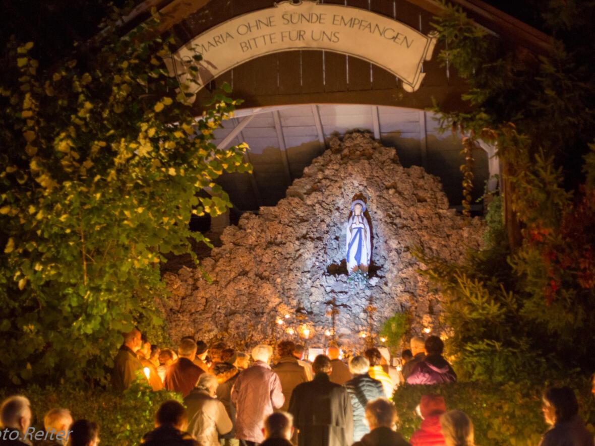 Lichterprozession zur Lourdesgrotte Oktober 2016
