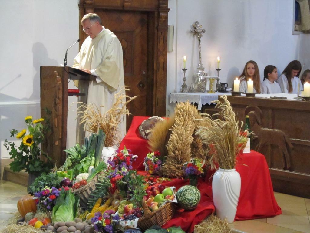Diakon Helmut Scharpf predigt zum Erntedank 2016