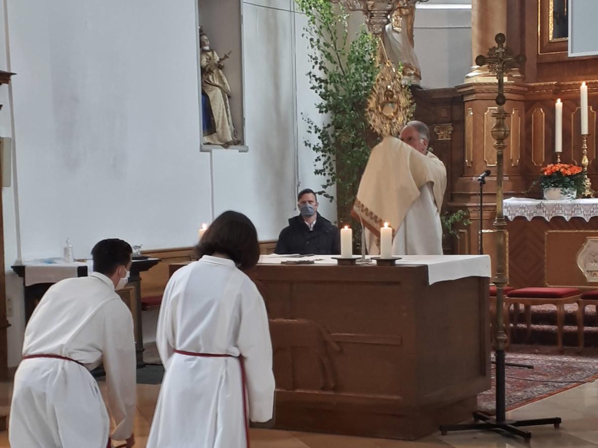 Fronleichnam 2020 - Eucharistischer Segen in der Kirche