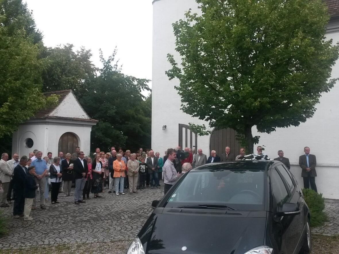 Fahrzeugsegnung auf dem Kirchplatz 22. Juli 2018