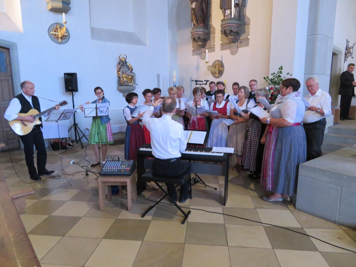 Pfarrfest - SiLi-Chor gestaltet Festgottesdienst