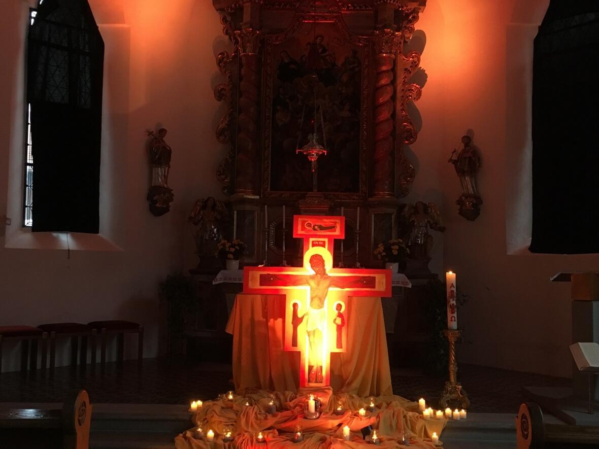 Taizé-Gebet in der Kapelle in Kalzhofen am 17. Juni, gestaltet vom Sachausschuss Jugend