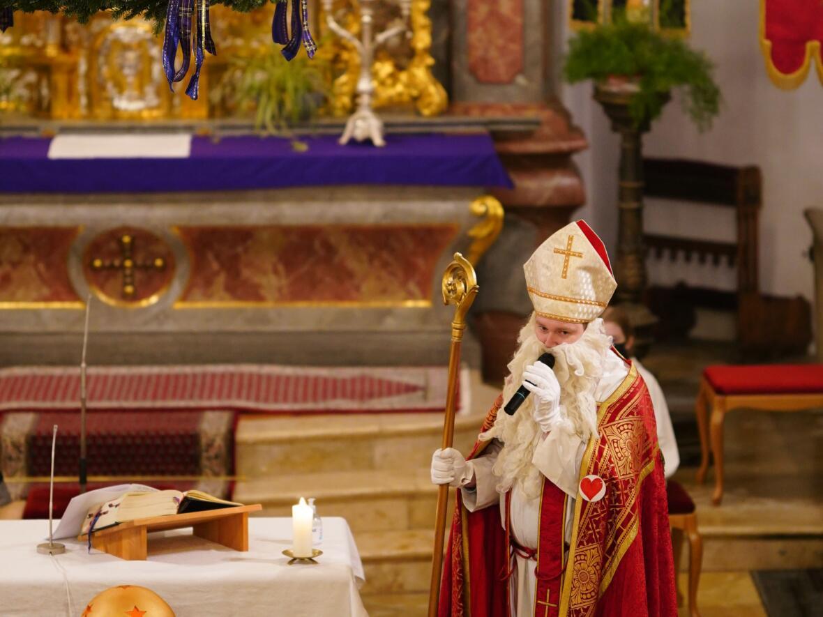 Nikolaus Altar