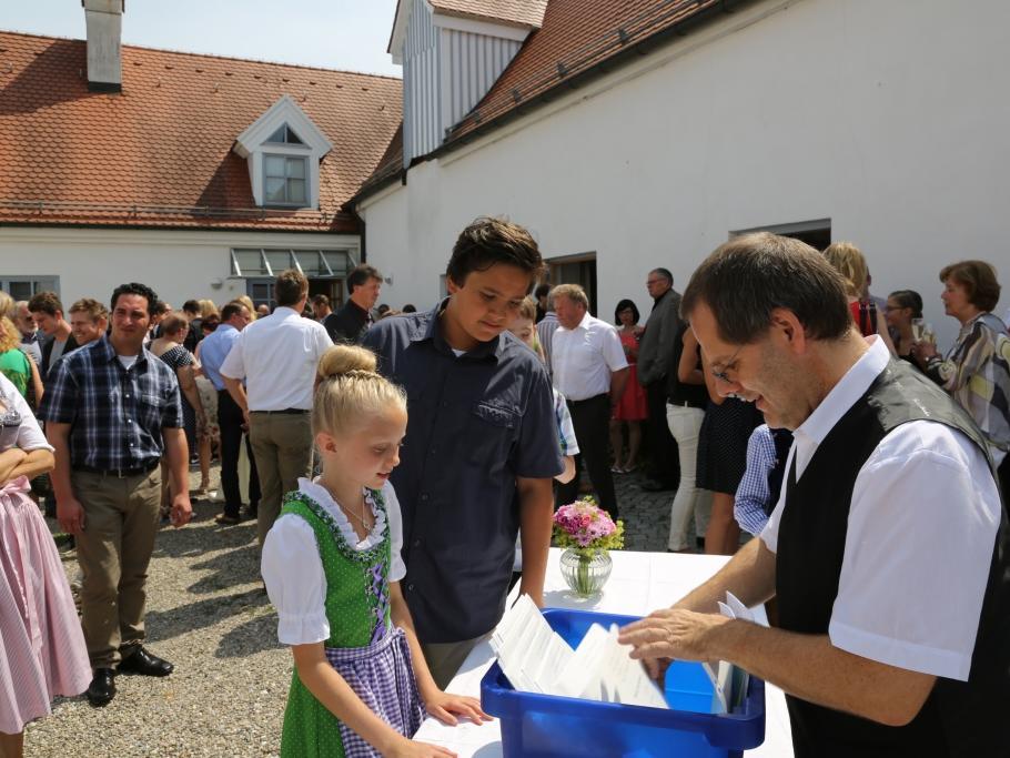 16_Empfang im Kühbacher Pfarrheim St. Magnus_doc