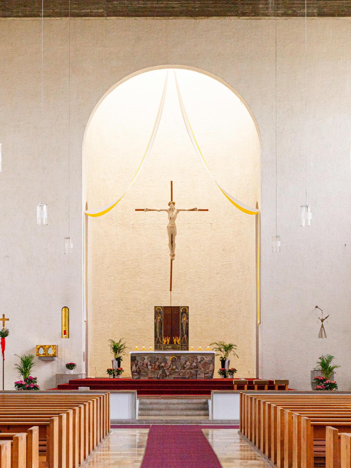 Blick_zum_Altar