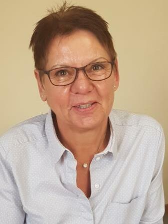 Pfarrsekretärin Annemarie Harrer web