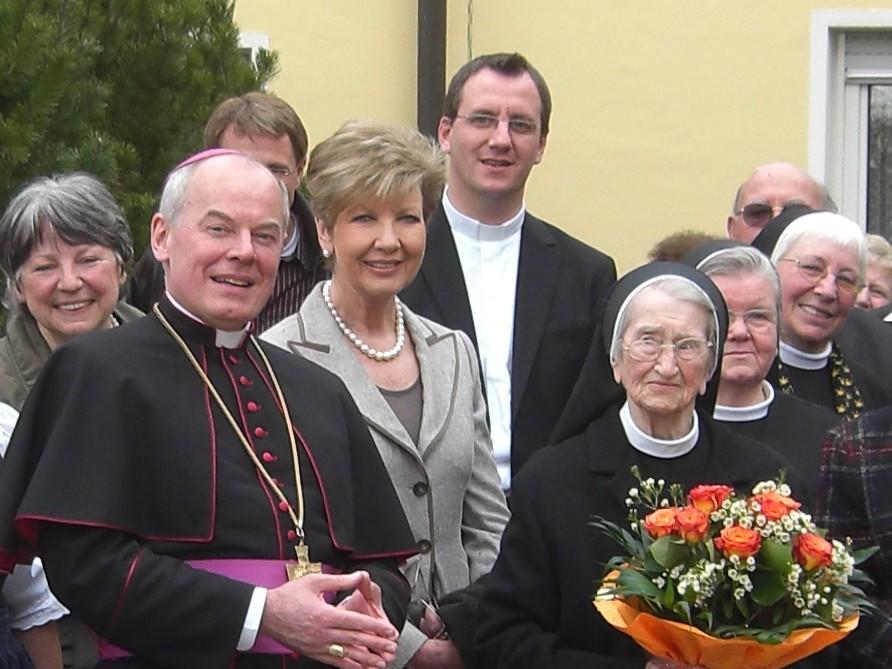 2009: Beim 100. Geburtstag von Sr. Lorenza Reindl OSF (Foto: Archiv)