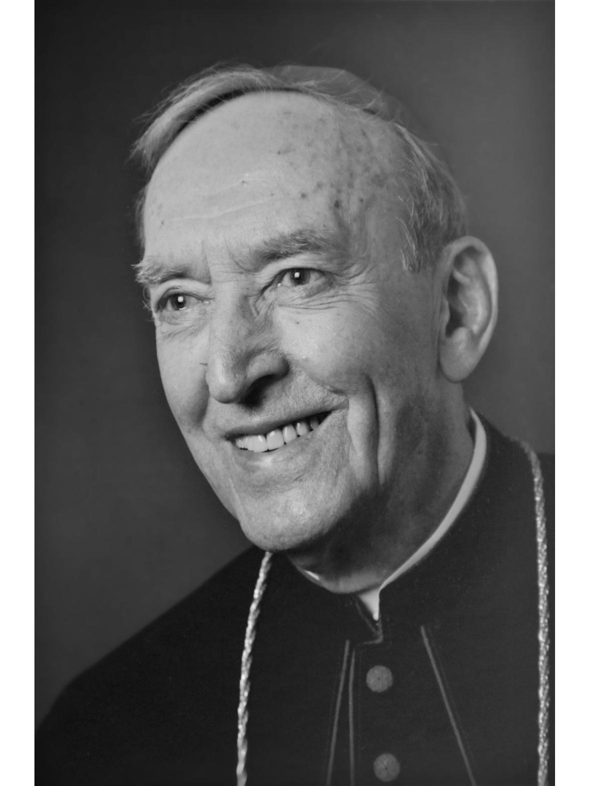 + Weihbischof Rudolf Schmid (1914-2012)